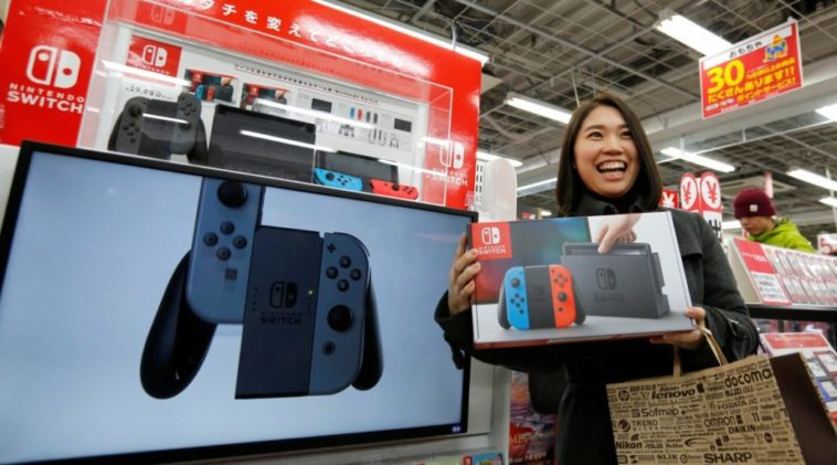 Photo of Bloomberg – Nintendo contrata Sharp como nova montadora do Nintendo Switch